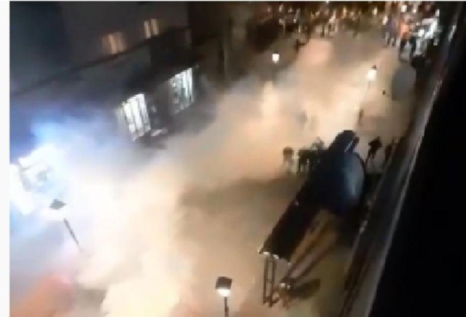 MILOVA POLICIJA NE ŠTEDI NI DECU: U Pljevljima bacili suzavac na narod, povređen i jedan mališan (VIDEO)