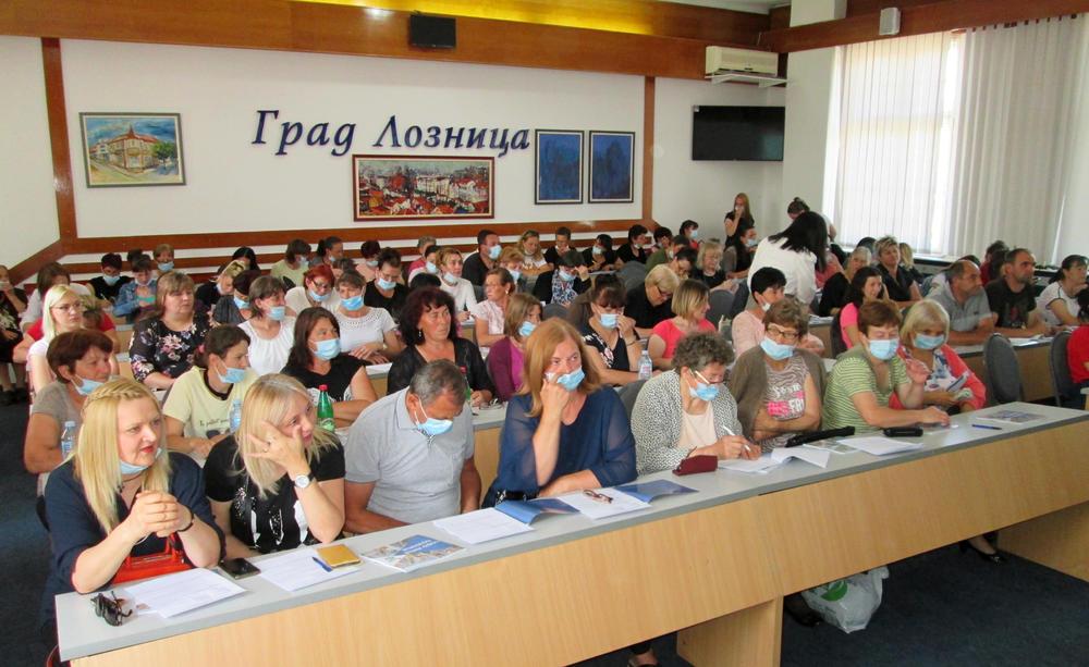 MINISTAR NEDIMOVIĆ U LOZNICI: Impresivno! 120 žena se direktno bavi poljoprivredom