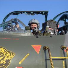 MINISTAR STEFANOVIĆ ČESTITAO: Vojska Srbije dobila prvu ženu pilota jurišnog borbenog aviona Orao (FOTO)