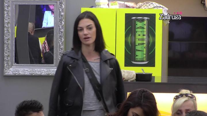 MINU NEĆE VIŠE DIRATI! Tara Simov se osvrnula na sve nedaće koje je preživela, pa potkačila Sašku Karan! EVO I KAKO! (VIDEO)
