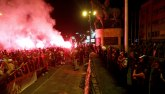 MKD: Policija čuva Sobranje, građani blokirali ulice FOTO