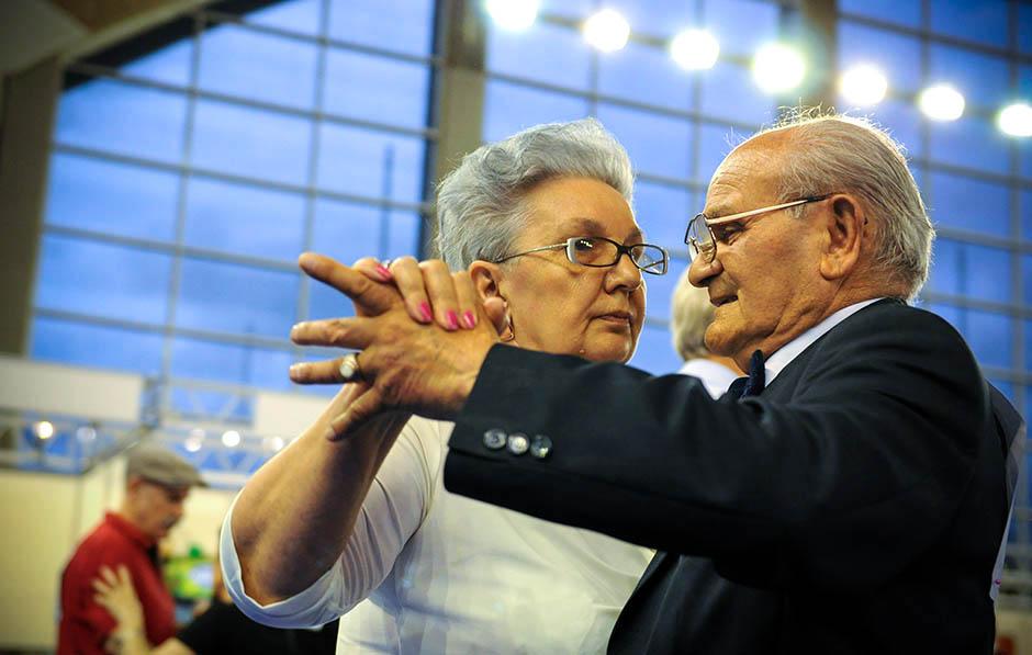 MMF: Nova formula za srpke penzije od 2020. godine