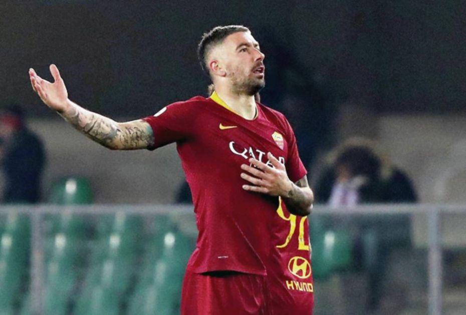 MOGU JOŠ BOLJE! Kolarov: Uživam u Romi, igraću još četiri godine! (FOTO)