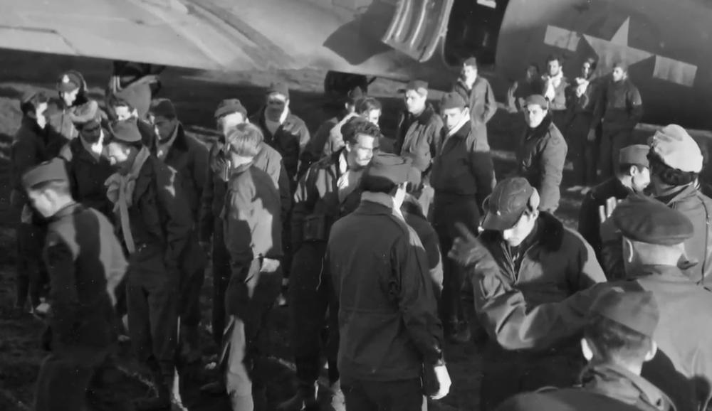 MOJ OTAC SRBIMA DUGUJE Ispovest sina američkog vojnika kog je naš narod spasio: Dali su mu sve, toliku dobrotu nisam sreo. Bombardovanje Srbije je AMERIČKA SRAMOTA! (VIDEO)