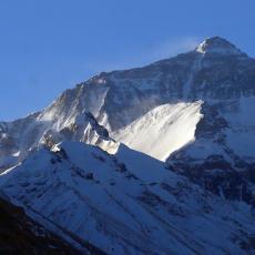 MONT EVEREST UZEO NOVE ŽRTVE: Još troje planinara izgubilo život!