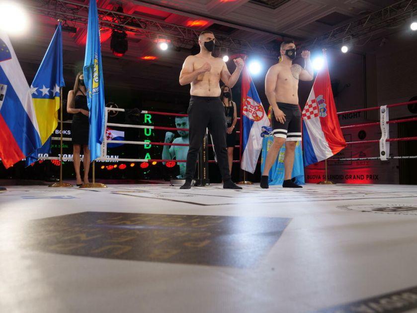 MUNJE IZ RINGA UZBURKAĆE MORE: Boks i kik boks spektakl u Budvi