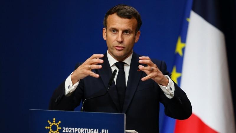Macron pozvao SAD da odustane od ograničenja izvoza vakcina