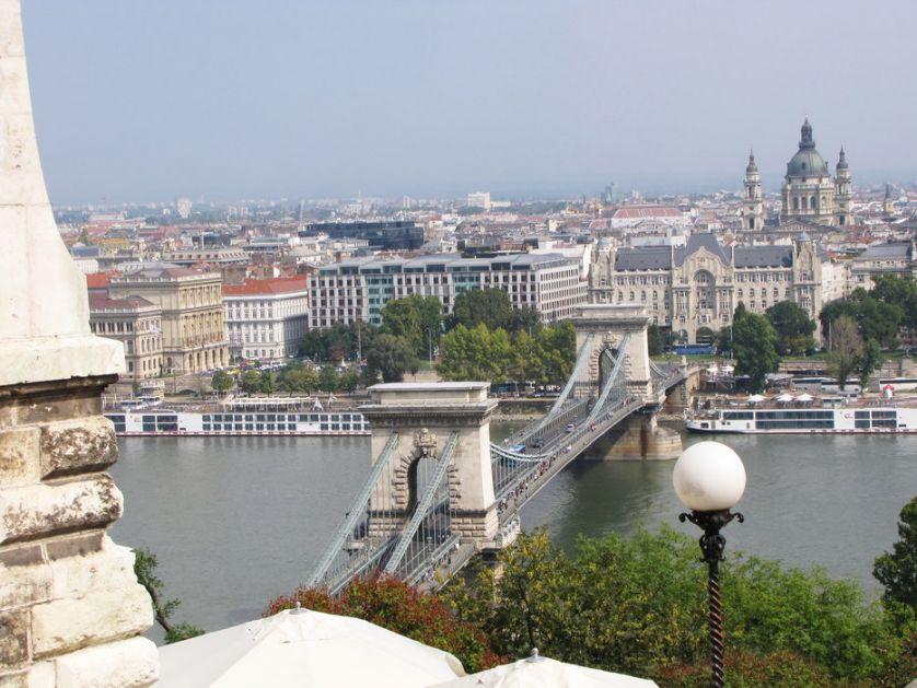 Mađarska: 492 zaražena koronavirusom, 16 preminulih