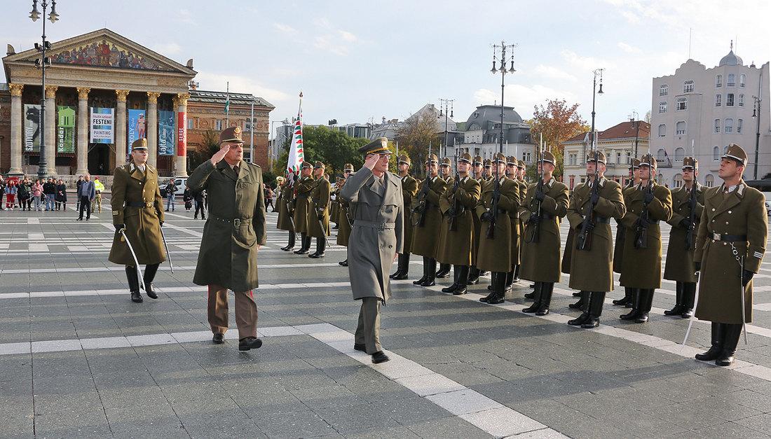 Mađarska će naredne godine uložiti 30 odsto više za odbranu