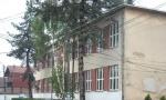 Majka se svađala sa nastavnicom, pa nasrnula na decu: Užas u leskovačkoj osnovnoj školi, šest učenika povređeno!