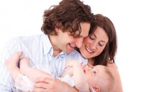 Majke će još u porodilištu moći da podnesu zahtev za novčana davanja za treće dete