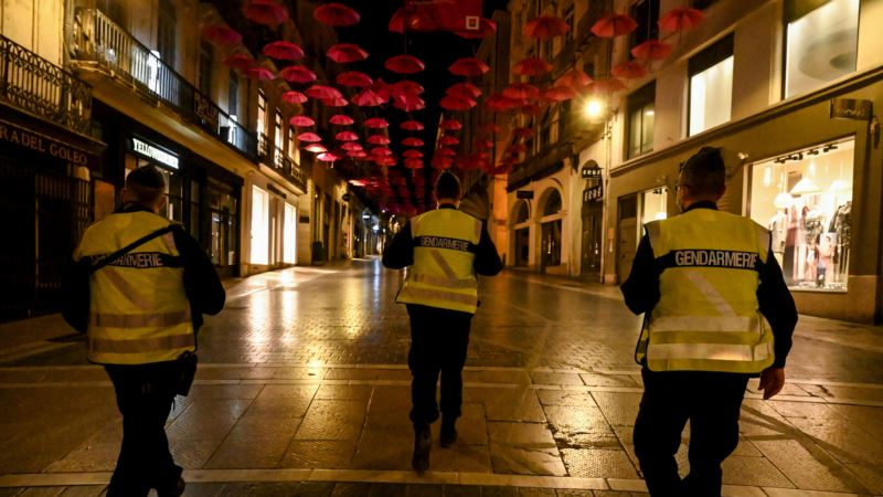 Makron: Francuska se ponovo vraća u blokadu