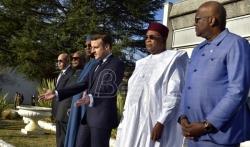 Makron sa liderima Grupe pet zemalja Sahela o borbi potiv džihadista
