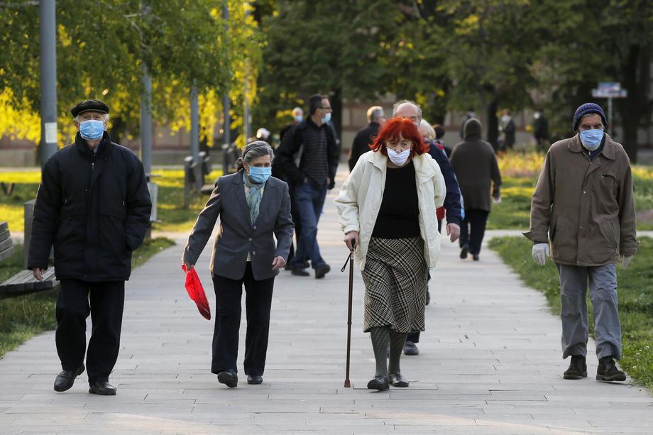 Penzionerima 5.000 dinara 17. ili 18. decembra, pomoć ugostiteljima u istom periodu