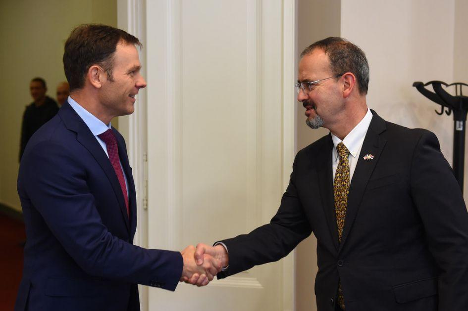 Mali i Godfri o ekonomskim rezultatima Srbije