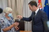 Mali potpisao ugovor sa dobitnikom stana u naselju Zemunske kapije