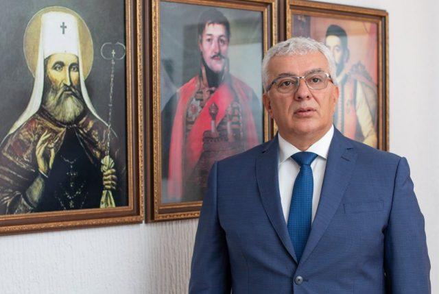 Mandić: Tražimo novu vladu ili vanredne izbore, Krivokapić se nalazi na mjestu koje ne zaslužuje