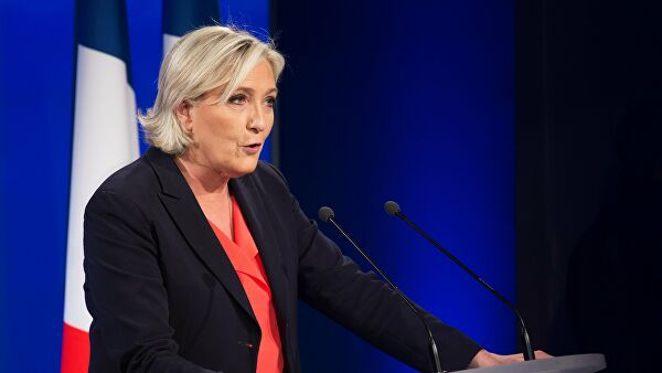 Marin Le Pen: Nije Rusija započela uvođenje personalnih sankcija, nego EU