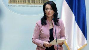 Marinika Tepić pita po kojem osnovu Vučićeva savetnica najavljuje zatvaranje gradova