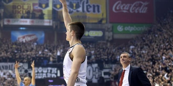 Marinković zvanično u Valensiji, Partizanu 200.000 evra