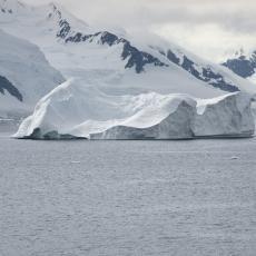 Masivni ledeni breg preti da udari u Južnu Džordžiju: Mladunci foka i pingvina u smrtnoj opasnosti