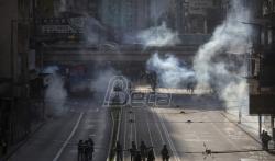 Maskirani demonstranti u Hongkongu zahtevaju više autonomije od Kine