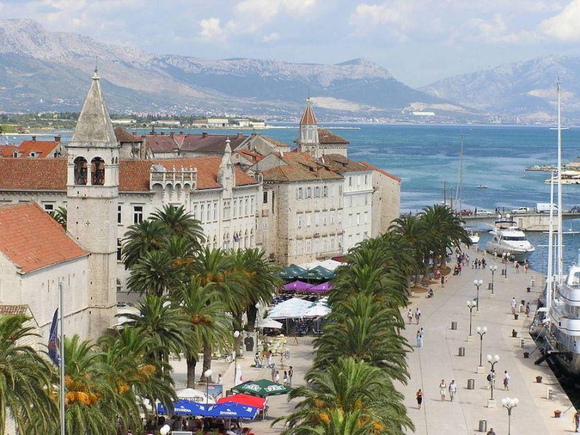 Masovna tuča nemačkih i francuskih turista u Splitu, povređen državljanin Nemačke