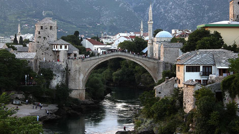 Masovna tuča u Mostaru, dvojica teško povređena