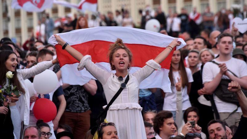 Masovni protesti u Minsku, Lukašenko tražio pomoć od Putina