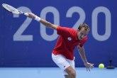 Medvedev preživeo, gospođa Monfis u polufinalu
