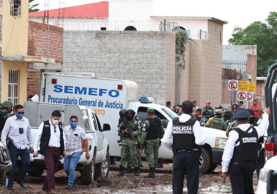 Meksiko: Policija pronašla 19 spaljenih tela