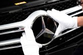 Mercedes će povući 660.000 vozila u Kini zbog curenja goriva