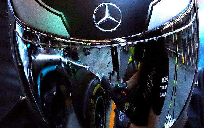 Mercedes najbrži na prva dva treninga pred drugu trku u Silverstonu