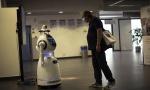 Mere temperaturu i kontrolišu nošenje maski: Roboti na ulazima u bolnicama i prodavnicama sporazumevaju se na 53 jezika