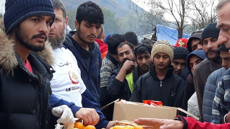 Merhamet dijelio pomoć migrantima u Vučjaku, situacija sve teža