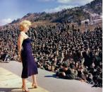 Merilin bi očarala svakog u trenutku, a tek šta je uradila američkim trupama u Koreji