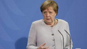 Merkel dobila za drugu dozu vakcinu Moderne, posle prve doze AstraZeneke
