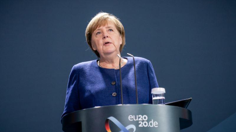 Merkel pozvala građane na stpljenje zvog produženja mera