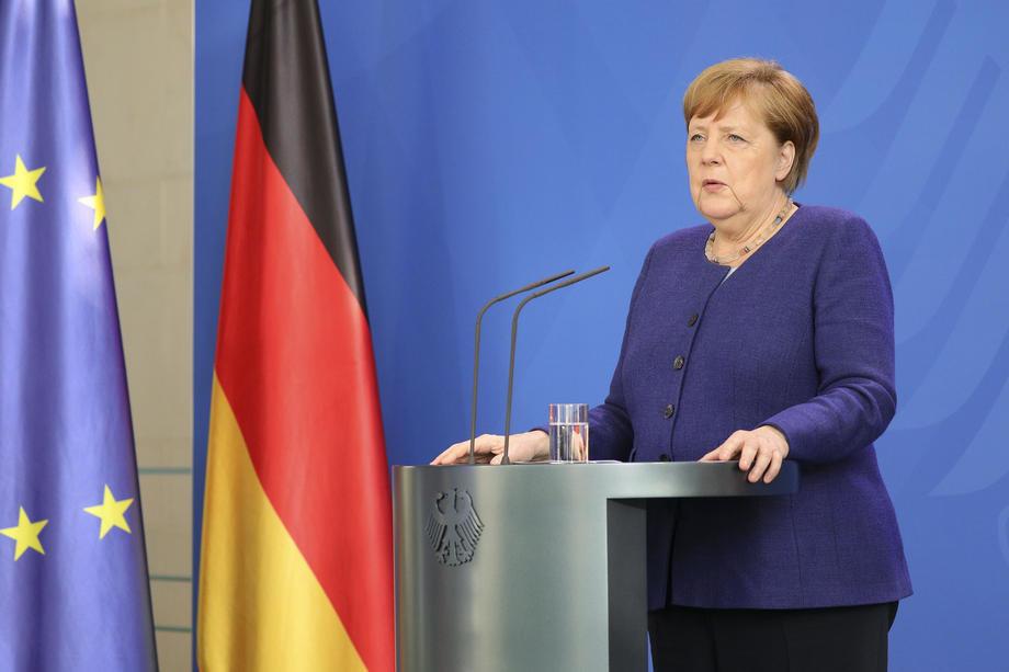 Merkel traži veća ovlašćenja zbog kovida, otpor u parlamentu