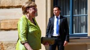 Merkelova došla na Festival opere, mnogi posetioci vratili karte zbog vrućine