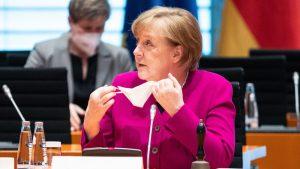 Merkelova pozvala na usvajanje zakona koji vladi daje šira ovlašćenja za uvođenje sanitarnih mera
