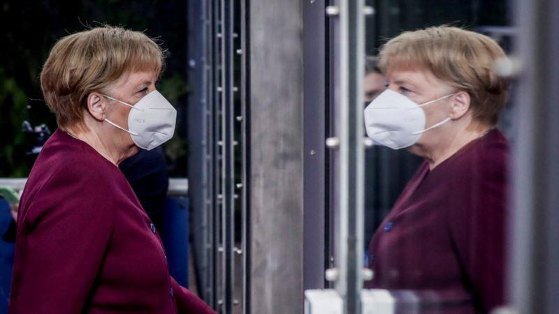 Merkelova upozorava na opasnosti od laži i dezinformacija o korona virusu