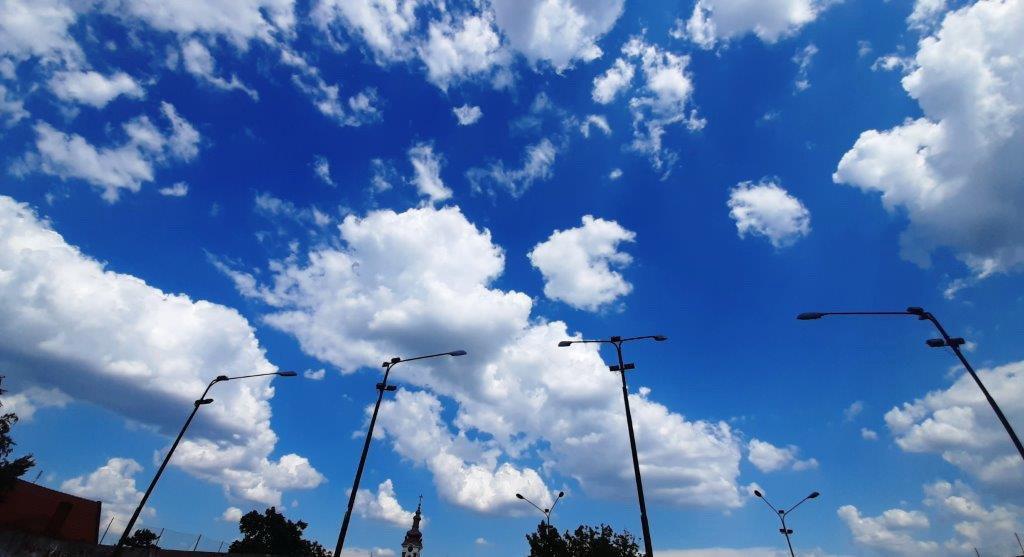 Mestimično oblačno sa sunčanim intervalima