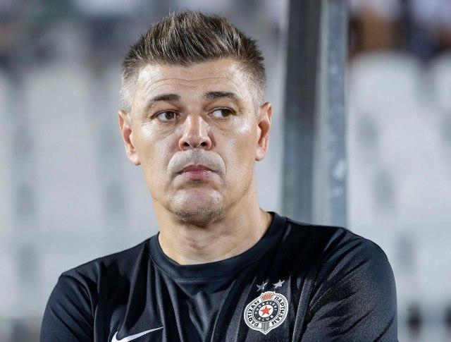 Mi ne samo da smo pastorčad u Srbiji, već isti tretman imamo i od UEFA