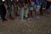 Migranti pokušali da pređu granicu krijući se među koferima putnika