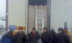Migranti preživeli nekoliko sati u hladnjači na -22! (FOTO)