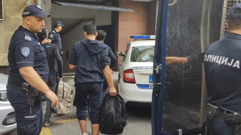 Migranti pronađeni u tovaru čipsa u Leskovcu