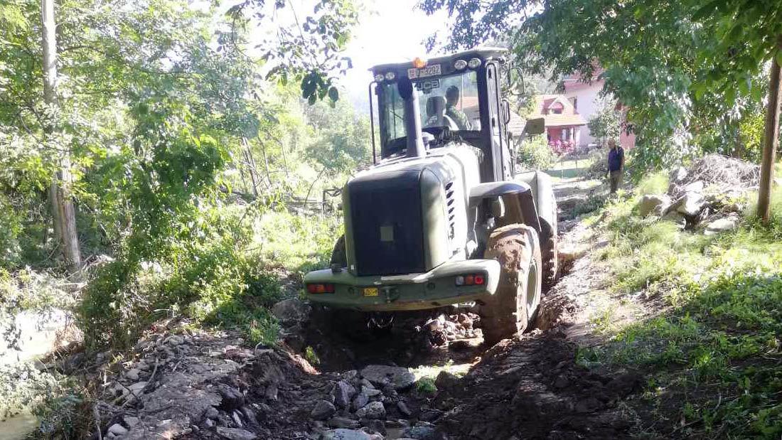 Mihajlović: Neprohodno još 120 kilometara u Srbiji zbog poplava, pomoć Ivanjici - putevi oštećeni na 26 mesta
