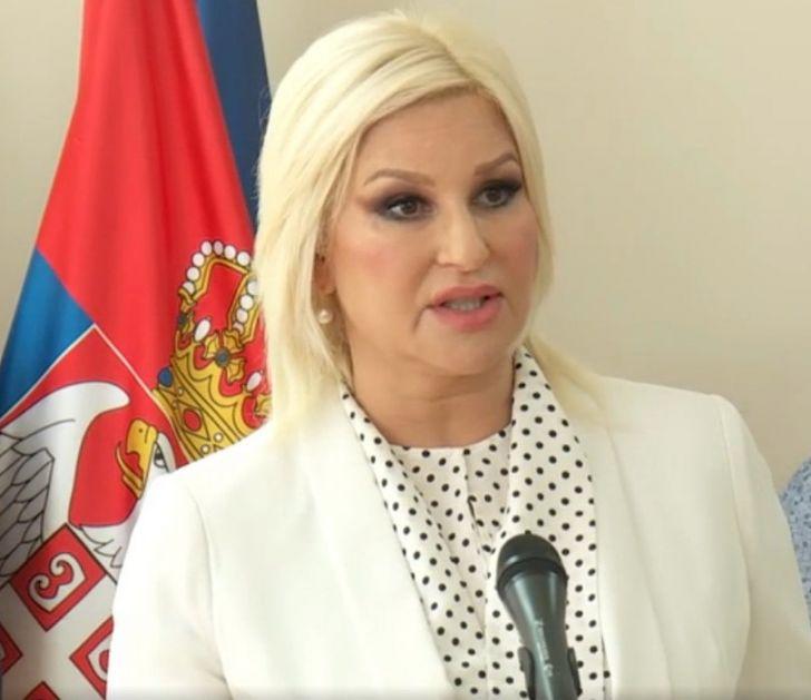 Mihajlović s građanima Zaječara o njihovim problemima