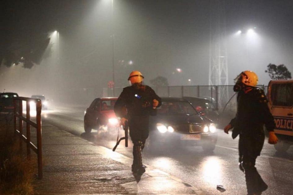 Milačić: Ovo je diktatura, dok se nalazim van zemlje porodicu mi je u toku noći posjetila interventna policija